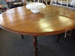 20% Off Sale at Colonial Antiques