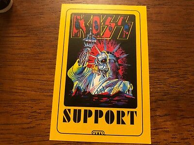 Kiss - Support Pass - Yellow