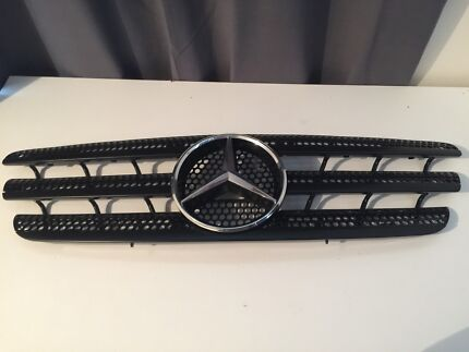 Mercedes Benz ML Full Grill Assembly