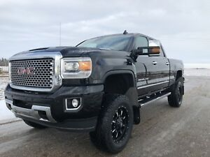 2017 GMC SIERRA 2500 DENALI ** LIFTED DURAMAX**