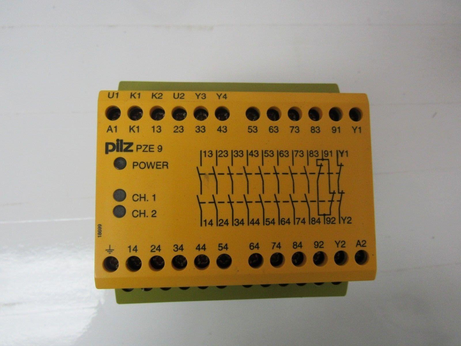2 x  Siemens safety relay V23012-B0102-B001 12v