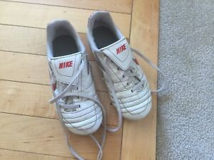 Nike outdoor soccer cleats size 13C