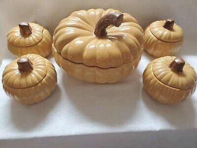 NEW!!! Williams Sonoma Pumpkin Tureen With Lid and 4 Small Pumpkins With Lids