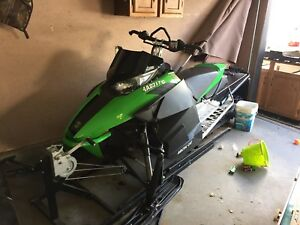 2012 XF Sno Pro - Mint condition with extra parts