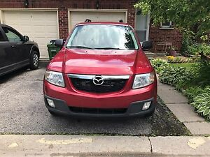 2008 Mazda Tribute 4 cyl  certified e tested low kms!!