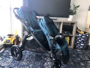 Double city select stroller by baby jogger