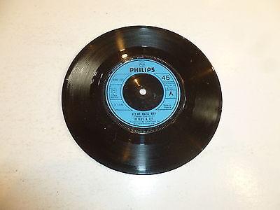 "PETERS & LEE - Hey, Mr Music Man - 1976 UK injection moulded 7"" vinyl single"