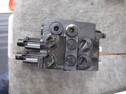 Sauer Danfoss 156B7005 Control Valve 2 Spool New