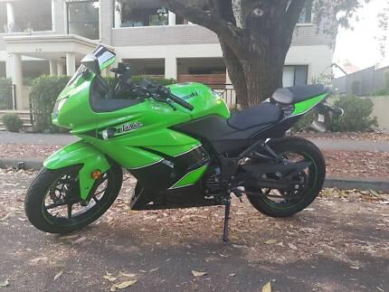 Kawasaki Ninja 250r *Special Edition* Yoshimura Exhaust