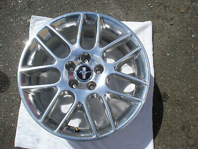 Automotive Ford Mustang Alloy Wheel Rim 2013 13 2014 14 18 OEM USED 3907 DR33-1007-CA