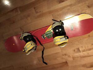 Bottes et planche à neige enfant 8-10 ans