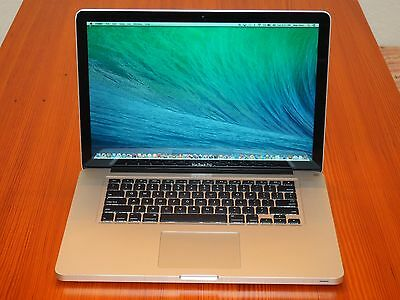 "15"" Apple Macbook Pro i7 Quad Core + 16 GB RAM + 1 TB Solid State Hybrid Drive!!"