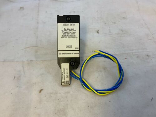 Square D LA11212 Circuit Breaker Auxiliary Switch