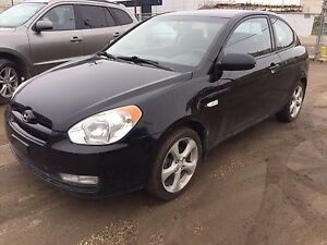 2009 Hyundai Accent SE (REMOTE STARTER)(SUNROOF)(ONE OWNER)