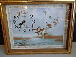Elgin Wall Clock Wood Frame Battery Operated Ducks Landing Works Great