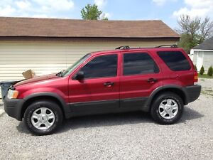 2003 FORD EXCAPE 4X4  140000 KM