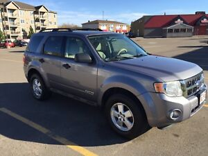 I & Ford Escape | Buy or Sell New Used and Salvaged Cars u0026 Trucks in ... markmcfarlin.com
