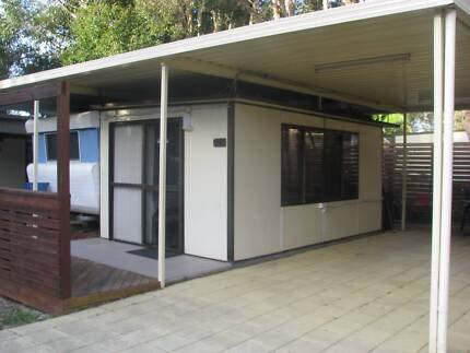 On Site Caravan With Annexe & Carport. Mayfield East Newcastle Area Preview