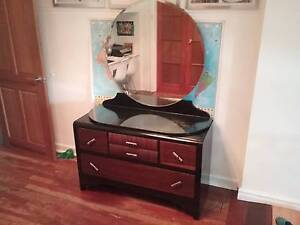 Beaut mid century dresser available Wembley Cambridge Area Preview