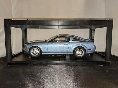 1:18 2005 Ford Mustang GT Auto Art Models Diecast Car COA Blue