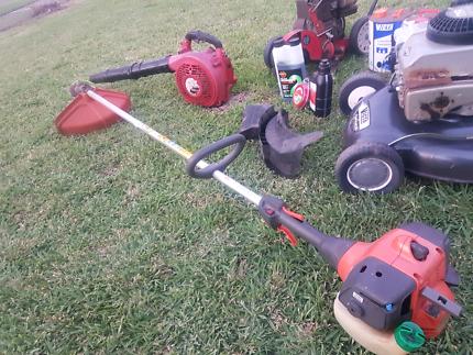 Lawn Mower Whipper Snipper Blower Edger