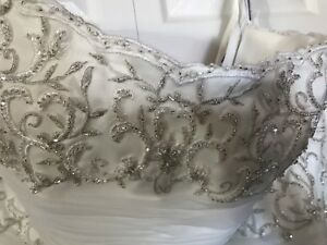 Wedding dress plus size $400 new