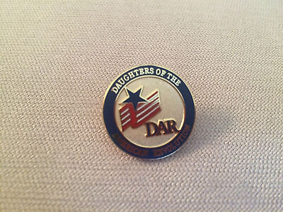 DAR Daughters of the American Revolution Round Logo Flag Star Pin Red Blue Gold