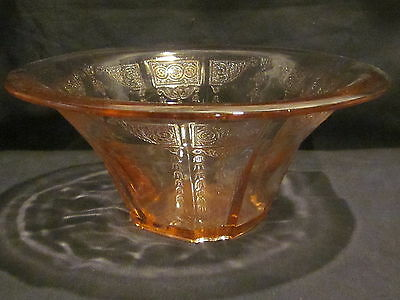 Hocking Glass Princess Pink Hat Bowl