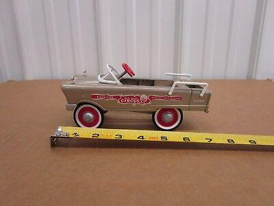 Kiddie Carnival (Hallmark Kiddie Car Classics 1961 Murray Circus Car Tan diecast)