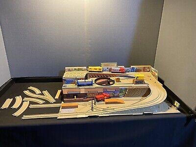 Vintage 1983 Hot Wheels Railroad Playset. Read Description
