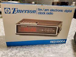 Vintage Emerson electronic digital Clock AM/FM Radio RED 5662 new