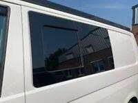 T5/T6 Seitenscheibe Nachrüstung Schiebefenster mit Einbau Camper Schleswig-Holstein - Lentföhrden Vorschau