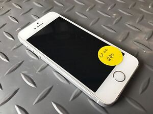 IPhone 5s 16gb and 32 gb unlocked Clayton South Kingston Area Preview