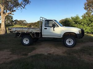 Toyota Hilux LN106 4x4 Single Cab 2.8 Diesel Tooborac Mitchell Area Preview