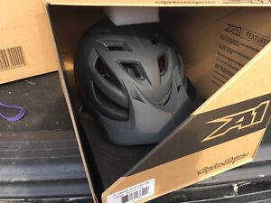 Troy Lee A1 helmet in drone black