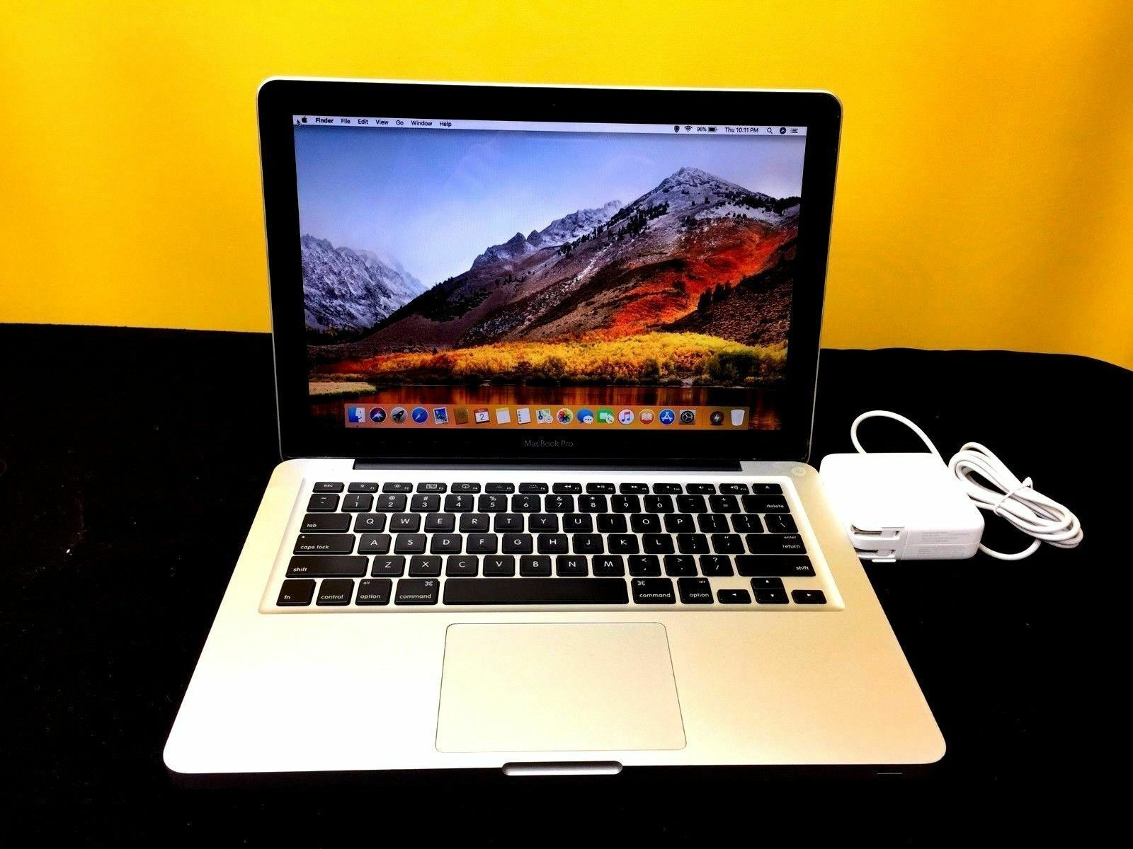 "13"" Apple MacBook Pro 1TB SSD Hybrid 2.90Ghz 8GB OSx-2017 i5 - 3 YEAR WARRANTY"