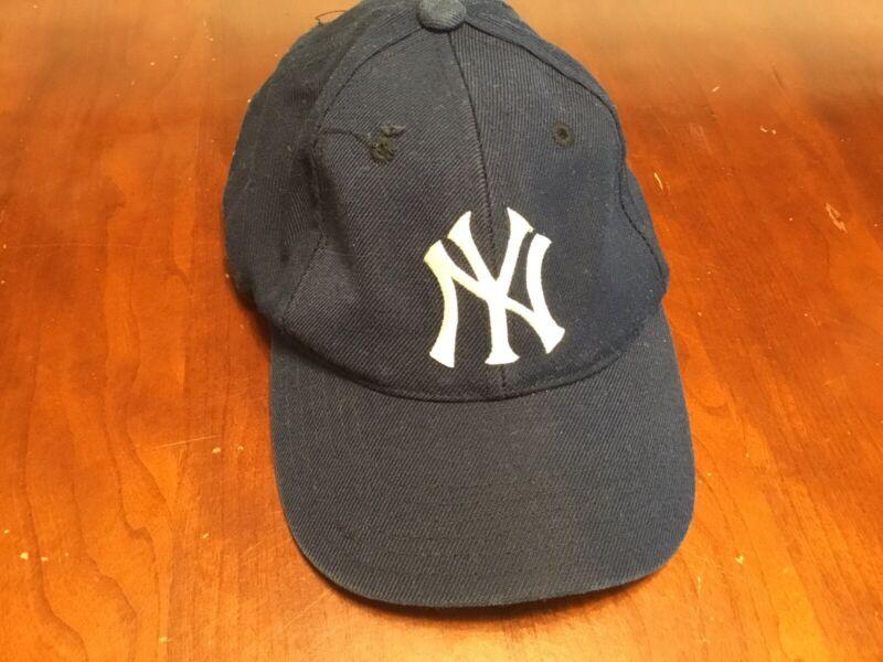 Puma NY New York Yankees Boy Baseball Cap Snapback Youth Black