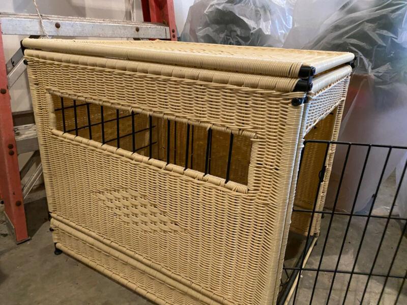 Used Decorative Beige Wicker Dog Crate