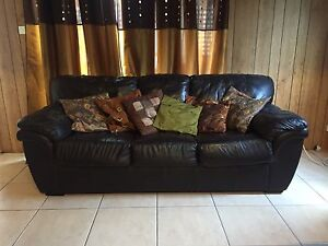 Leather couch Ballajura Swan Area Preview