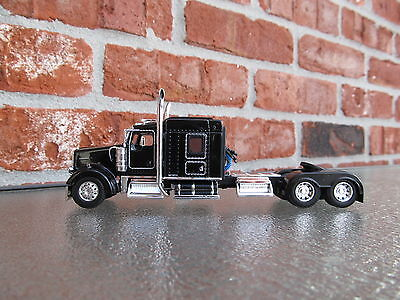 Dcp 1 64 Scale Kenworth W 900 Mid Roof Black  Tractor Only