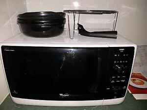 Crisp & Grill Microwave Longford Northern Midlands Preview