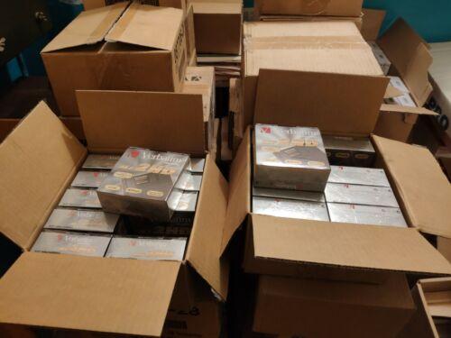"""Verbatim. NEW. Floppy disks 3.5""""  *Lot of 300 disks* 30 boxes cardboard. Sealed."""