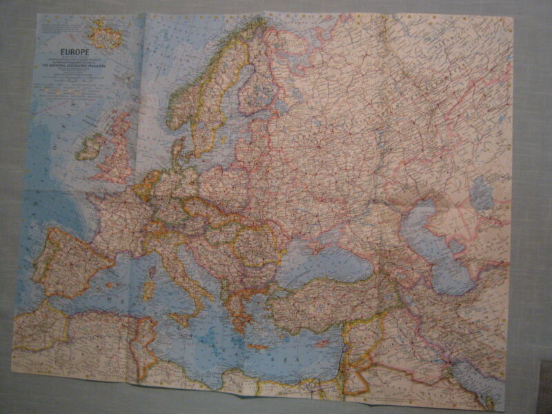VINTAGE EUROPE MAP National Geographic June 1962 XLNT