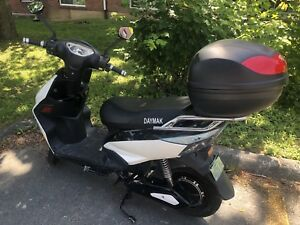 Daymak E-Bike Scooter in Sexy Condition!