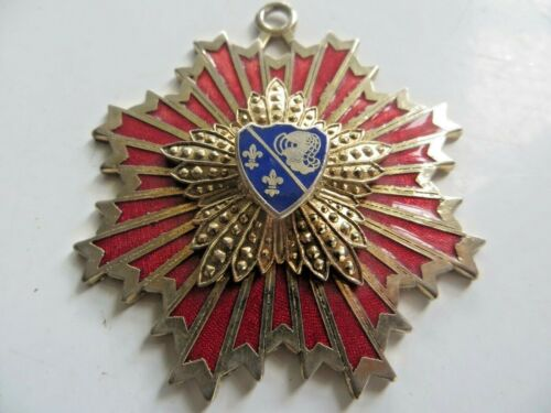 ANTIQUE UNKNOWN MEDAL OR AWARD CREST FAMILY COAT OF ARMS