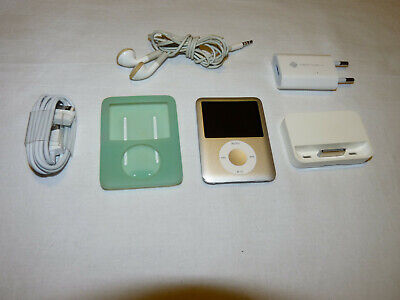 Apple iPod Nano 3rd Generation Silver (4 GB) With Accessories-Free Shipping Apple Ipod Nano 4 Gb Accessories