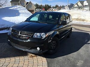 Dodge Grand Caravan SXT Blacktop 2016