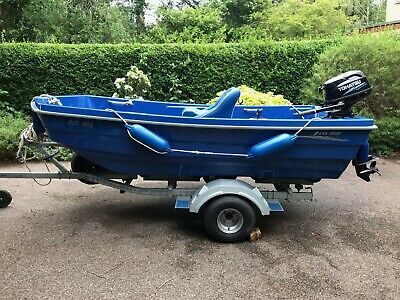 Boat River Day Outboard Suzuki 6hp incl Roller Trailer & Fishing Seat plus extra