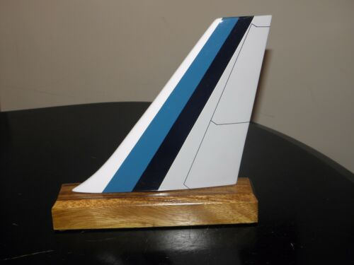 EASTERN AIRLINE WOOD MODEL AIRPLANE TAIL DESK BOOKCASE PILOT GIFT CHRISTMAS NEW!