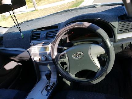 Toyota low km $ 6000